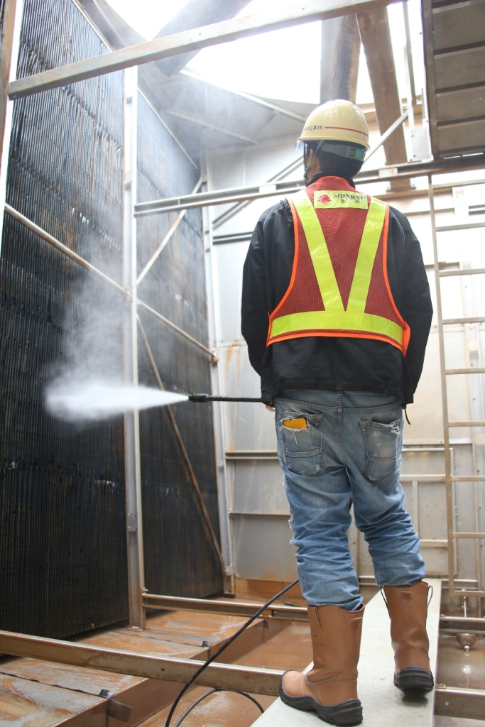 Routine Cleaning Work for Cooling Tower